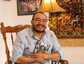 """حسام داغر ينتهى من كتابه """"استديو الممثلين"""" عن صناعة السينما.. صور"""
