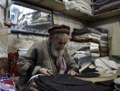 إيد تتلف فى حرير... الطاقية والكوفية الباكستانية من غزل الصوف للعالمية