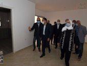 رئيس الوزراء يتفقد وحدات بديل العشوائيات فى بمدينة السلام