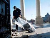 زجاج منثور ودماء وغبار.. شاهد آثار أعمال الشغب في الكونجرس.. ألبوم صور