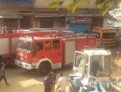 مصرع شخص حاول إنقاذ عمال من حريق مصنع ملابس وإصابة 9 في الإسكندرية