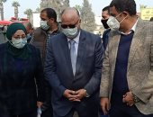 محافظ القاهرة يتفقد إزالة منطقة المسبح العشوائية.. ويؤكد: نقل 56 أسرة لمساكن آدمية