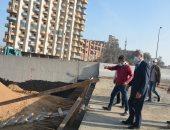 محافظ القليوبية يتفقد كوبري الشموت وضبط 15 شيشة وتحرير 20 محضر مخالفة