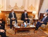 """رئيس النواب لـ""""مدبولى"""": نحرص على تعميق التعاون بين السلطتين التشريعية والتنفيذية"""