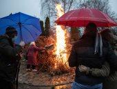 عادات وحكايات.. أغرب طقوس ختام احتفالات عيد الميلاد فى صربيا
