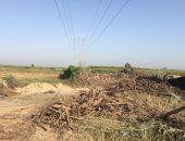 قارئ يشكو وجود مكمورة فحم أسفل خط كهرباء بقرية العدل بالبحيرة.. والمحافظة يستجيب