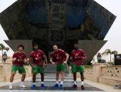 لاعبو منتخب البرتغال لكرة اليد يحتفلون بالتأهل بصور تذكارية من العاصمة الإدارية