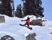 متزلج يروى كيفية نجاته من انهيار جليدى فى أمريكا.. فيديو وصور