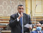 """وكيل """"خطة النواب"""" يواجه وزير التموين بمشكلات الخبز والبطاقات التموينية"""