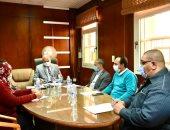 رئيس جامعة الأقصر يجتمع بمجلس شئون التعليم والطلاب لبحث إجراءات الوقاية من كورونا