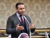 """حازم إمام: اختيارى سفيرا لـ""""حياة كريمة"""" تكليف.. واهتمام الرئيس يؤكد """"المساواة"""""""