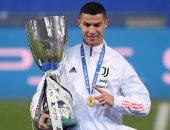 كريستيانو رونالدو يقتحم قائمة أكثر 10 لاعبين تحقيقا للألقاب