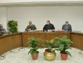 محافظ أسيوط يترأس اجتماع تسهيل الإجراءات للتوسع في انشاء المحطات الغاز