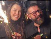 كندة علوش تحتفل بعيد زواجها من عمرو يوسف: ذكرى سنوية سعيدة