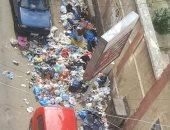 شكوى من انتشار القمامة فى شارع شيديا- كامب شيزار بالإسكندرية.. والشركة تستجيب