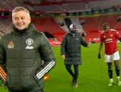 مان يونايتد ضد ليفربول ..ماذا دار بين كلوب وبوجبا حرفيًا خلف ظهر سولشاير..صور