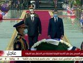 الرئيس السيسي يضع إكليلاً من الزهور على النصب التذكاري بأكاديمية الشرطة