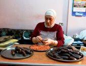 المكدوس السورى أكلة جديدة دخلت قلوب المصريين.. فيديو