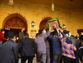 وصول جثمان الدكتورة عبلة الكحلاوى مسجد الباقيات الصالحات لأداء صلاة الجنازة