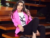 """مى عمر لـ""""عمرو أديب"""": ملابس لؤلؤ جزء من دولابى الشخصى واحتفظت بالباقى"""