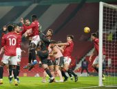 """مان يونايتد ضد شيفيلد .. الشياطين الحمر يتأخرون 1-0 فى الشوط الأول """"فيديو"""""""