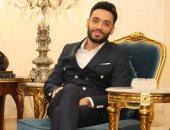 """رامى جمال يسابق الزمن لإنجاز أغنيته الجديدة """"مابتكبريش"""" لطرحها فى الفلانتين"""