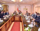 وزيرا قطاع الأعمال والإنتاج الحربي ورئيس العربية للتصنيع يبحثون إنشاء مصنع إطارات