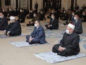 وزير الداخلية يؤدي صلاة الجمعة في مسجد الشرطة بالقاهرة الجديدة