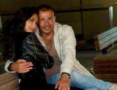 عمرو دياب يتصدر التريند بصور مع المذيعة انجى كيوان.. اعرف التفاصيل