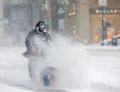 """أمريكا أسيرة الثلوج.. عاصفة ثلجية تصيب الساحل الشرقى للولايات المتحدة بــ """"الشلل"""""""