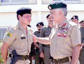الديوان الملكى يُحيى ذكرى تولى العاهل الأردنى العرش بصورة مع والده