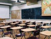 توصيات بتحسين التهوية وإبقاء النوافذ مفتوحة لحماية طلاب المدارس من كورونا