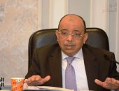 وزير التنمية المحلية يعرض جهود تطوير منظومة الأسواق العشوائية والرسمية بالمحافظات