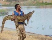 أسد وتمساح وثعبان .. حيوانات مفترسة مفضلة فى حياة محمد رمضان .. فيديو