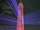برج القاهرة يتزين باللون الأحمر احتفالا بوصول مسبار الأمل إلى المريخ.. صور