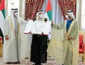 محمد بن زايد بعد تكريم قرقاش وزكى نسيبة: الإمارات تقدر أبناءها المخلصين