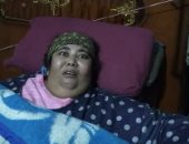 """فرحة عارمة لأسرة """"يسرية"""" مريضة السمنة المفرطة بعد نقلها للقاهرة للعلاج.. فيديو"""