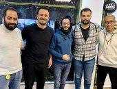 """أحمد عبدالله يوقع لـ""""آل هارون"""" وينضم رسميًا لاستكمال عائلة الفيلم.. صور"""