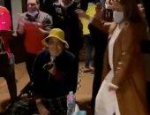 """ليلي علوى ترقص على أنغام """"على صوتك"""" فى بروفة غنائية للكينج محمد منير.. فيديو"""