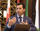 وزير الرياضة يتواصل مع حاتم قنديل بطل التجديف بعد تحقيق رقمه القياسي