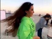 لطيفة تحتفل بعيد ميلادها بصحبة صديقاتها في الفلانتين.. فيديو