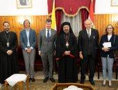 بطريرك الكاثوليك يبحث التعاون الثقافى والإعلامى مع السفارة البلجيكية