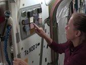 رواد محطة الفضاء الدولية يختبرون طلاء قاتلا لفيروس كورونا.. فيديو وصور