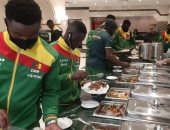 منتخبات بطولة أفريقيا لشباب الطائرة يتناولون وجبة الغداء فى فندق الإقامة