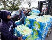 جفت الصنابير واختفت المياه المعبأة.. 13 مليون شخص فى تكساس يواجهون أزمة مياه