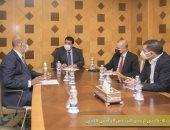المجلس الرئاسى الليبى ورئيس الحكومة يناقشان عقد جلسة النواب فى سرت