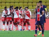 موناكو يسخر من برشلونة عقب فوزه على باريس سان جيرمان