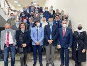 تعاون بين جامعة جنوا الإيطالية وجامعة مصر للعلوم والتكنولوجيا لتدريب أطباء الأسنان وتأهيلهم مهنيا