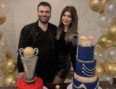 """القناص عماد متعب يحتفل بعيد ميلاده بـ""""تورتة"""" على شكل الكونفدرالية.. صور"""