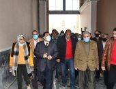 رئيس السكة الحديد يتفقد أعمال تطوير وتجديدات محطة مصر بالإسكندرية.. صور